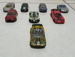 8 carros clássicod da HOT WHEELS