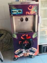 Título do anúncio: Máquina de sorvete e Açaí
