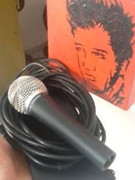 Título do anúncio: Microfone Shure SM58 + Cabo Shure 5m