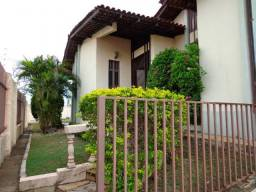 Casa para alugar com 3 dormitórios em Jardim das americas, Cuiaba cod:19251