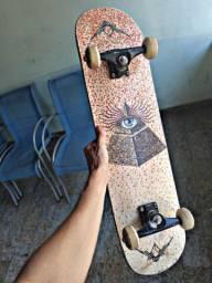 Vende-se Skate + Capacete