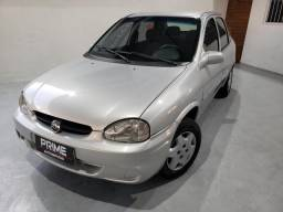 Corsa Sedan 2004 com AR CONDICIONADO