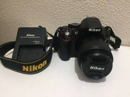 Título do anúncio: Câmera Semiprofissional Nikon D5200