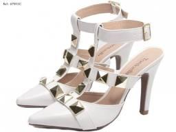 Título do anúncio: Sapato Scarpin Alessandra - Off White (Branco) em Verniz