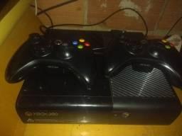 Xbox 360 com todos acessórios