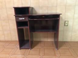 Mesa de Computador conservada