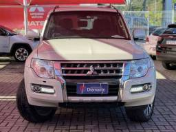 Mitsubishi Pajero Full V6