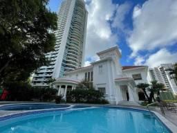 Apartamento para venda com 226 metros quadrados com 4 quartos