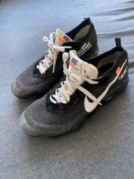Título do anúncio: Tênis Nike 40 e outro 41