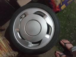 Título do anúncio: 2 aros 15 com pneus novos