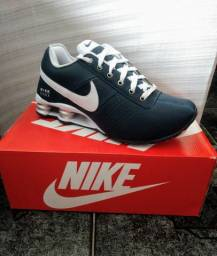Tênis Nike Deliver Marinho/Branco