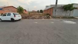 Vendo um terreno no Acquaville Tucunaré