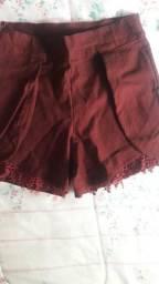 Short vermelho Estica