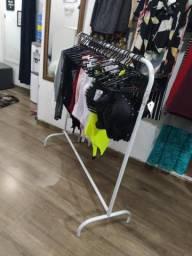 Arara de loja