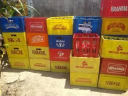 Caixa de cerveja com cascos