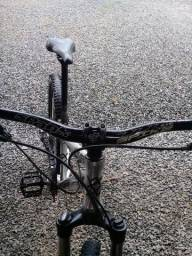 Troco em bike dh volto uma jbl extreme