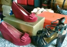 Três pares de sapatos, belíssimos. todos por 80,00