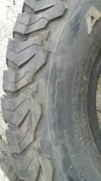 Pneus bf 265/75r16 2 pneus semi novo