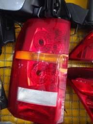 Título do anúncio: Lanterna traseira land Rover