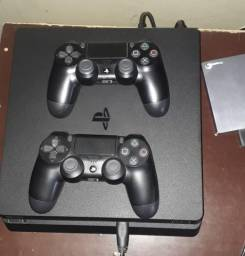 Sony Playstation 4 + HD externo + 4 jogos