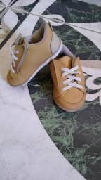 Sandália e sapato