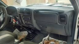Vende-se e troca por caminhão 3/4 tel e ZAP * - 2005
