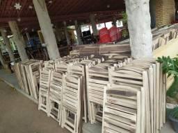 Feito com madeira maciça