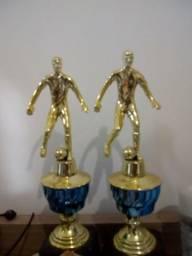 Troféus para premiação futebol