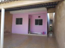 Alugo casa 2 Qtos esplanada 5