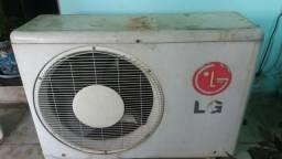 Vende se um ar condicionador so essa peça
