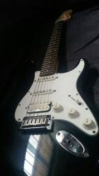 Guitarra squier série standard made indonésia (aceito cartao) watzap 81 997792285