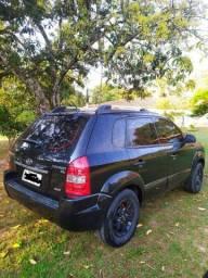 HYUNDAI TUCSON GLS 2.7 V6  4WD  AUTOMÁTICO