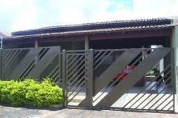 Casa com 3 quartos - Bairro Jardim Maria Celina em Londrina