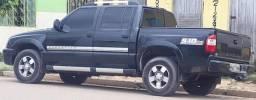 Vendo ou troco uma caminhonete em caminhão bau - 2010