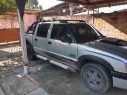 S10 Rodeio com GNV - Aceito troca e assumo prestação - 2011