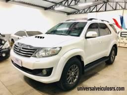 Toyota Hilux SW4 3.0 SRV Turbo Diesel