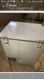 Freezer $ 1000