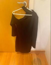 Vestido preto assimétrico M novo