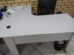 Vendo 2 mesas Delta em L para escritório