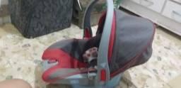 Vendo bebê conforto unissex