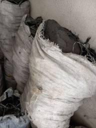 Título do anúncio: Carvão 38 rs a saca 30kg