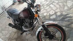 Vendo moto Suzuki intruder 125