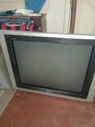 Título do anúncio: Duas TVs e um rádio