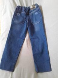 Calça jeans infantil com regulador na cintura