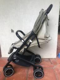 Carrinho de bebê compacto Gb qbit plus