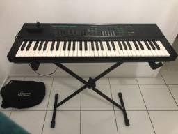 Teclado Yamaha psr 36 + pedestal de teclado