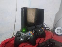 Título do anúncio: Vendo Xbox 360 320gb