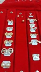 Título do anúncio: Vendo semi jóias banhada a ouro 18k com garantia de um ano