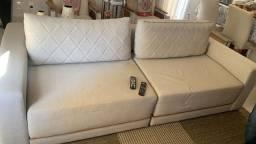 Sofa Retrátil Semi Novo com aparador