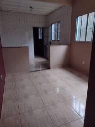 Título do anúncio: Alugo casa no bairro Felixlândia